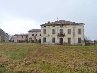 Palazzo / Stabile Vendita Sermide e Felonica