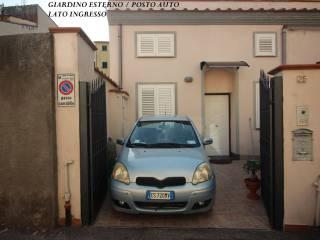Φωτογραφία - Terratetto unifamiliare via degli Asili 25, Cavour - San Carlo, Livorno