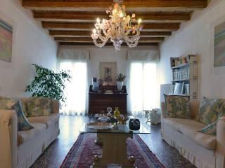 Photo - Single-family townhouse 375 sq.m., good condition, Bassano del Grappa