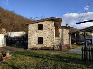 Foto - Trilocale via Ferriere 85, Corte Brugnatella