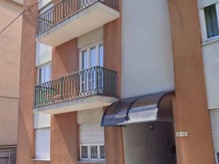 Foto - Trilocale via Giuseppe Garibaldi 62, Pralungo
