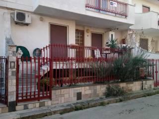 Foto - Trilocale via Tenente Pino Pugliese 30, Sammichele di Bari