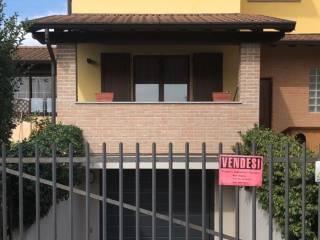 Foto - Villa bifamiliare via Pace 12C, Graffignana