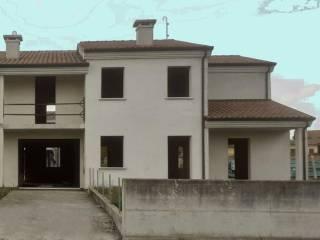 Foto - Villa a schiera via dei Partigiani, Badia Polesine