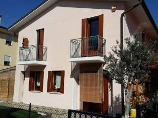 Foto - Villa a schiera via Pilastroni, Massanzago