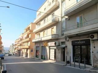 Foto - Trilocale via Cappuccini 18, Noci