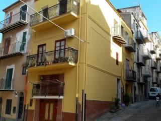 Foto - Appartamento via Giovanni Guzzio 34, Castelbuono