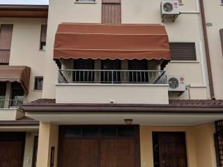Foto - Villa a schiera via Alessandro Manzoni, Badia Polesine