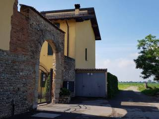Photo - Terraced house Cascina Trinità, Cologno al Serio