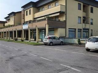 Foto - Trilocale via Grazia Deledda 7, Cavernago