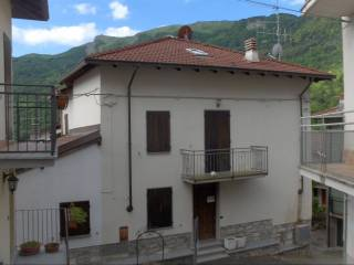 Foto - Terratetto unifamiliare frazione Corbesassi 40, Brallo di Pregola