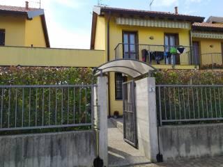 Foto - Villa a schiera via Trento 5, Albizzate