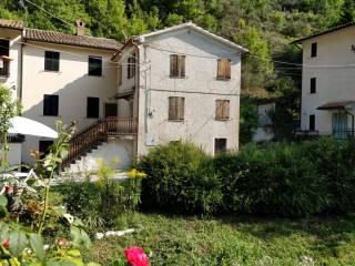 Foto - Terratetto unifamiliare Località Laverinello 19, Fiuminata