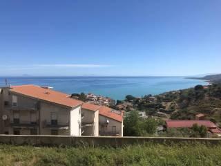 Foto - Trilocale via Emanuela Setti Carraro snc, Santo Stefano di Camastra
