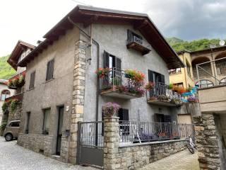 Foto - Villa unifamiliare via Maestra 10, Nomaglio