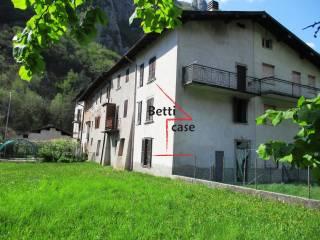 Foto - Terratetto unifamiliare via Scalvino 61, Scalvino, Lenna