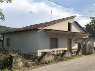 Foto - Villa unifamiliare vicolo Pescara 7, Alanno