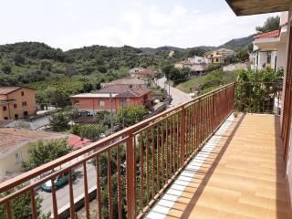Foto - Villa plurifamiliare via Petelia 11, Crucoli