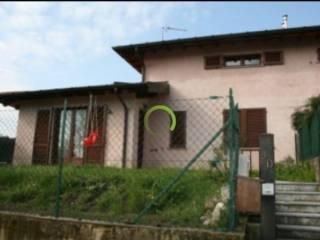 Foto - Terratetto plurifamiliare via Giuseppe Garibaldi 5, Sangiano
