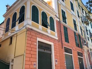 Foto - Bilocale salita di Santa Maria della Sanitá 42, Castelletto, Genova