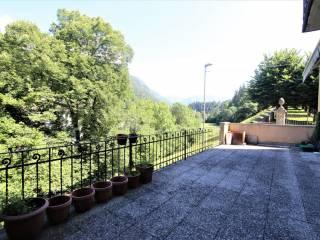 Foto - Trilocale buono stato, primo piano, Ponte Della Selva, Clusone