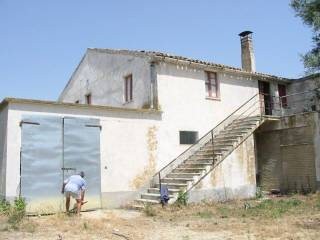 Photo - Farmhouse Contrada Collina 14, Monterubbiano