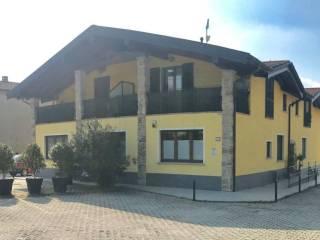 Foto - Bilocale via Pio Selvino 40, Centro, Biandronno