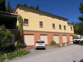 Foto - Terratetto plurifamiliare via Giacomo Leopardi 1, Centro, Poggio San Vicino