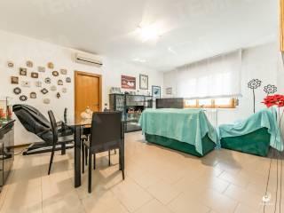 Foto - Trilocale buono stato, primo piano, Sant'alberto, San Pietro in Casale