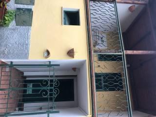 Photo - Single-family townhouse Strada Statale Piceno Aprutina 24, Campli
