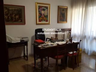 Photo - Appartement via Giovanni Berruti, Corso Dante, Asti