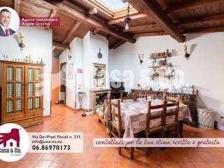 Foto - Appartamento in villa via Lorenzo Nerucci, Acilia, Roma