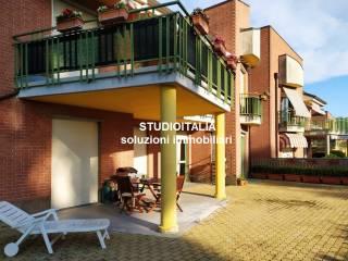 Photo - Appartement Strada Valmanera, Collina Volta, Asti