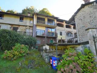 Foto - Terratetto unifamiliare regione canapre 4, Val di Chy