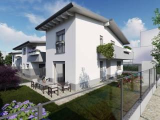Photo - Terraced house via Giuseppe Verdi, Centro, Carugo