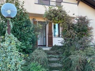 Foto - Villa unifamiliare via Pasubio, Centro, Azzate