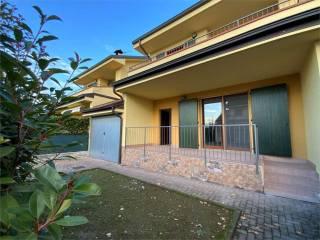 Foto - Villa a schiera via mameli 47, Casaleggio Novara