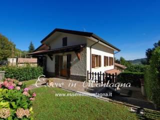 Foto - Villa unifamiliare via Ca' Corrieri, La Cà, Lizzano in Belvedere
