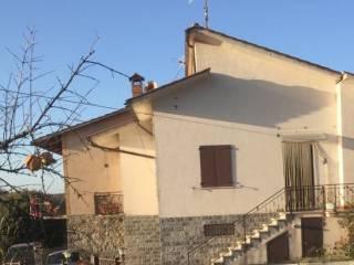 Foto - Villa a schiera 5 locali, buono stato, Gubbio