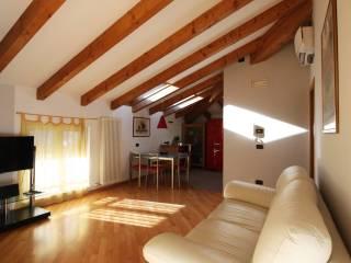Foto - Trilocale ottimo stato, quarto piano, Centro, Civezzano