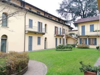 Foto - Trilocale via Cristoforo Colombo 52, Santa Valeria, Seregno