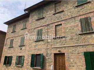 Foto - Bilocale via Carlo Lenzi 22, Centro, Castel d'Aiano